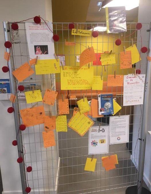 Au CDI du collège :  mur de la tolérance